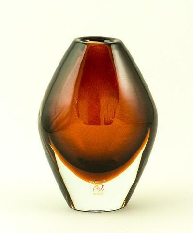 Skleněná váza Oliva Rosso 17 cm